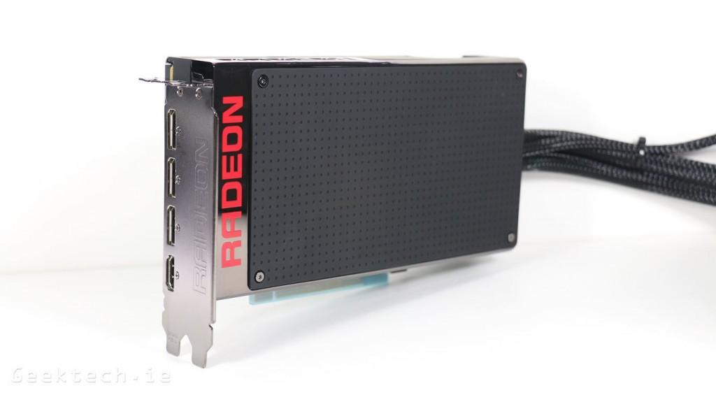 AMD Fury X (2)