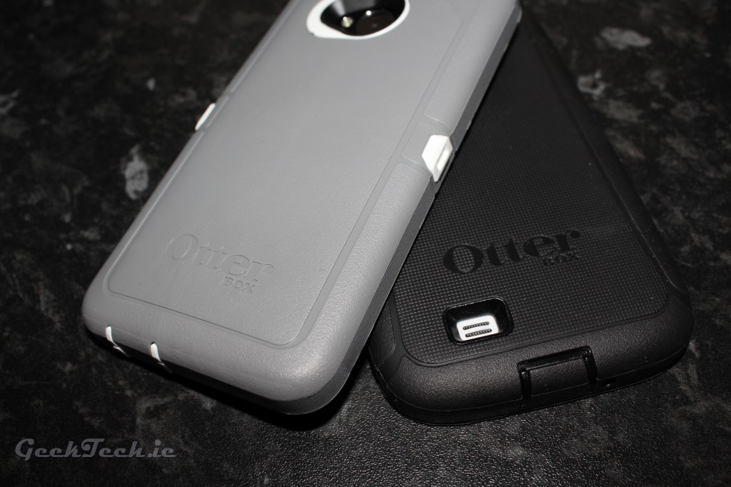 Galaxy S4 and HTC One Otterbox Defender Feature