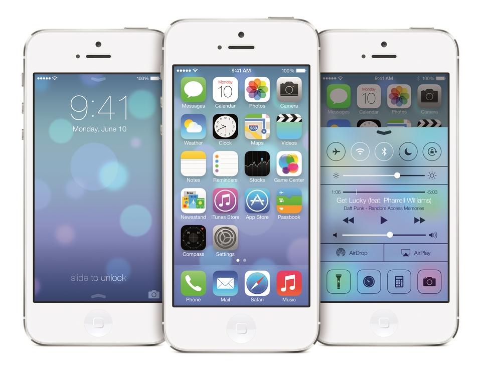 iPhone5-3up-Pyramid_iOS7_PRINT