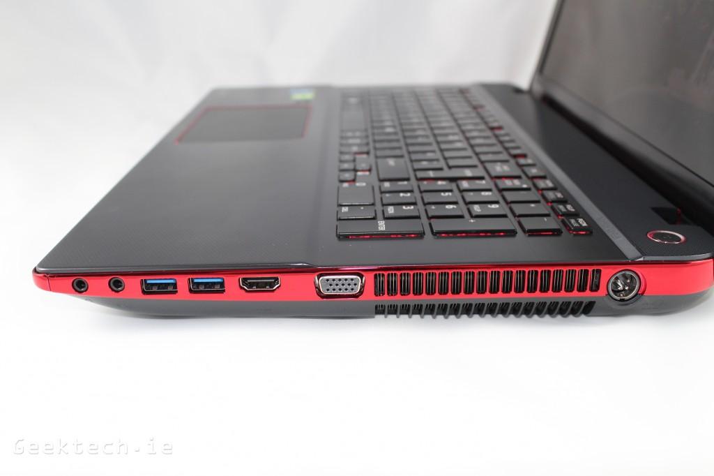 Toshiba X70 (2)